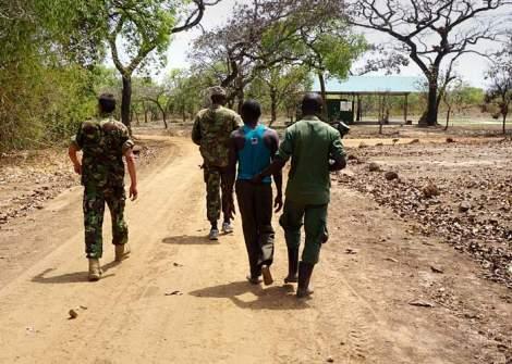 poacher-caught-in-garamba